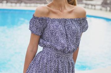 C «дамского» плеча: Платья и блузы с открытыми плечами